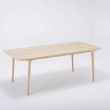 Gazzda Fawn Table - Houten eettafel