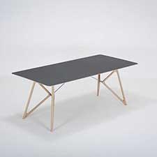 Gazzda Tink Table - Houten eettafel met linoleum blad